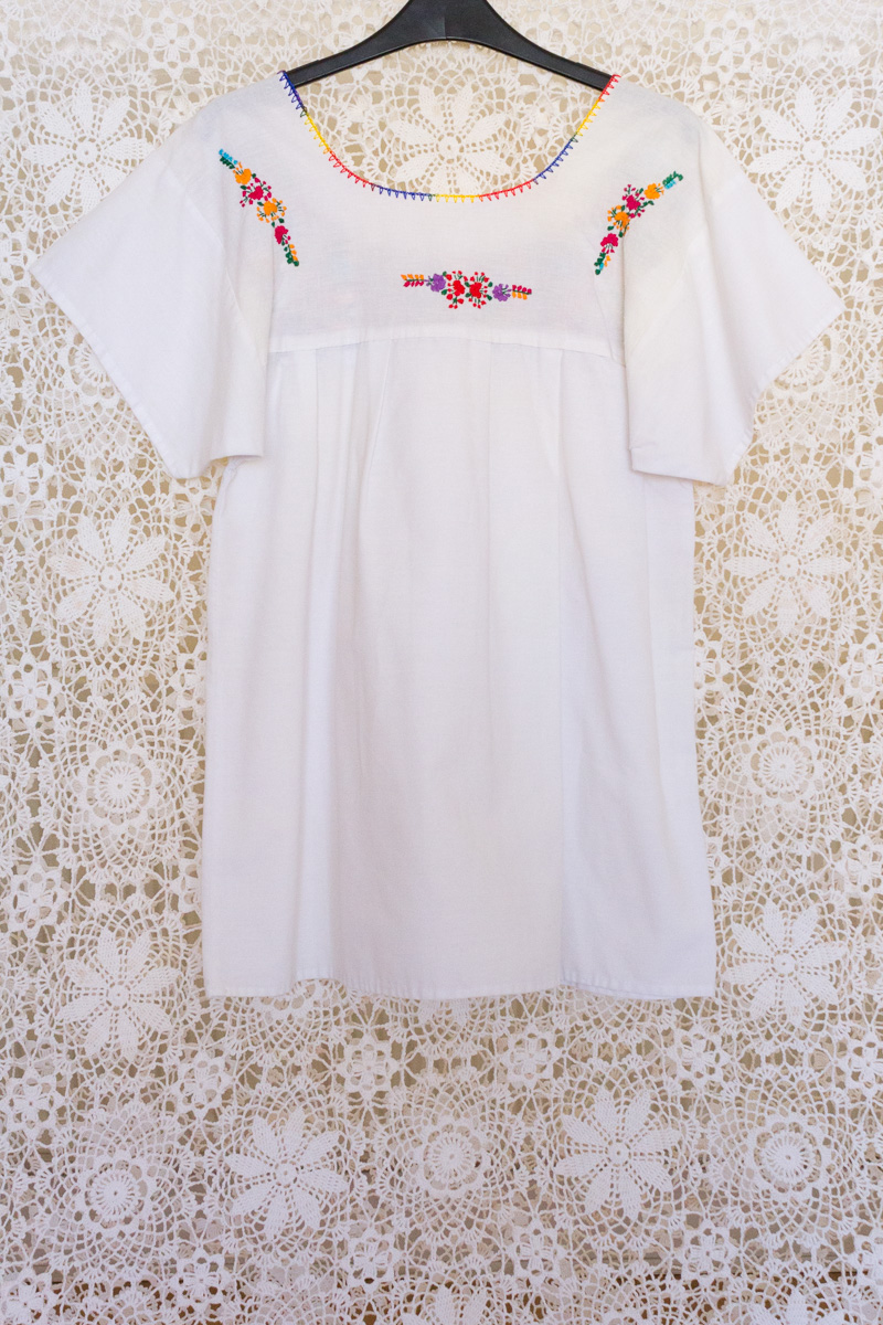 Vintage Mexican Embroidered Blouse Top Anlis