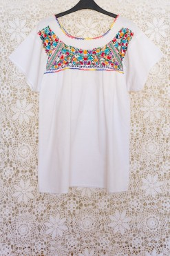 70s Mexican Embroidered Tunic Top