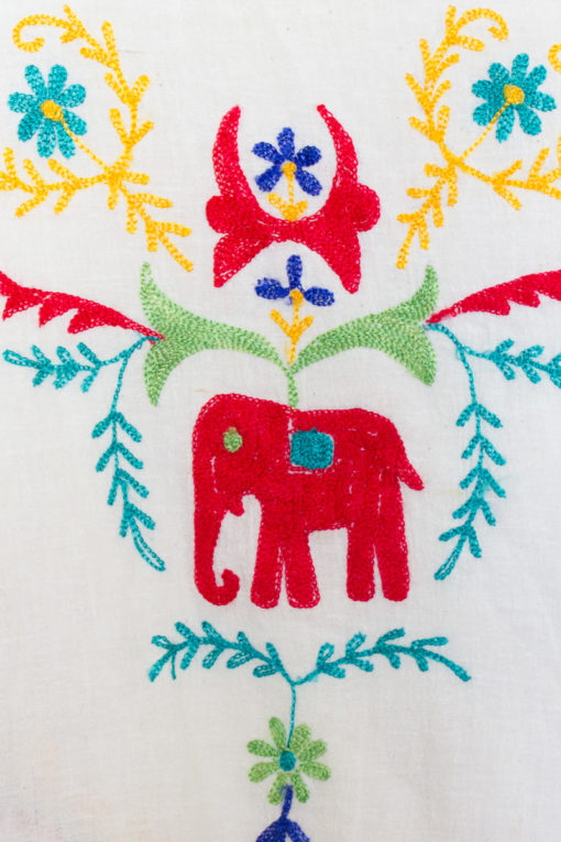 90s Embroidered Elephant Top