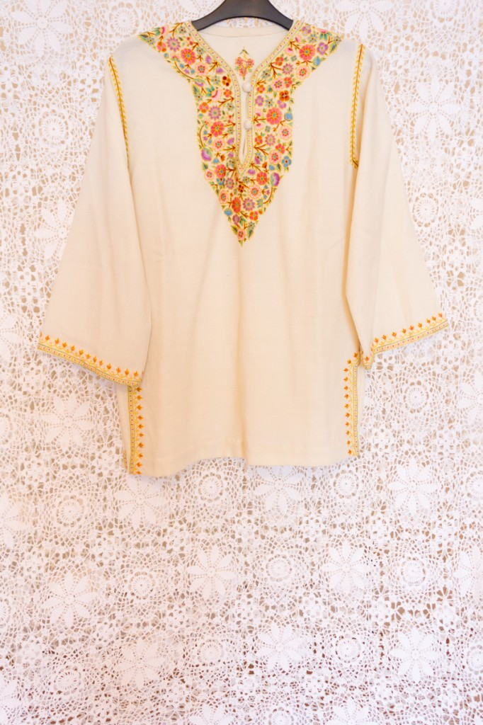 60s Floral Embroidered Tunic